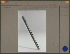 Flûte en bois verni à embouchure terminale