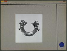 Bracelet en argent ciselé