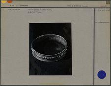 Bracelet en métal blanc