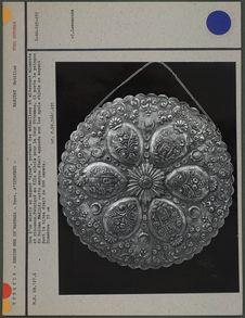 Dos d'un miroir en argent, sultan Madjid