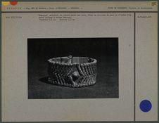 Bracelet articulé, en argent sur cuir