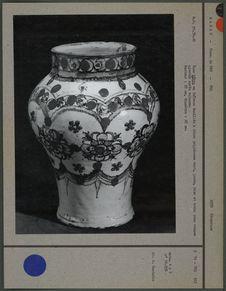Vase hâbya en faïence émaillée