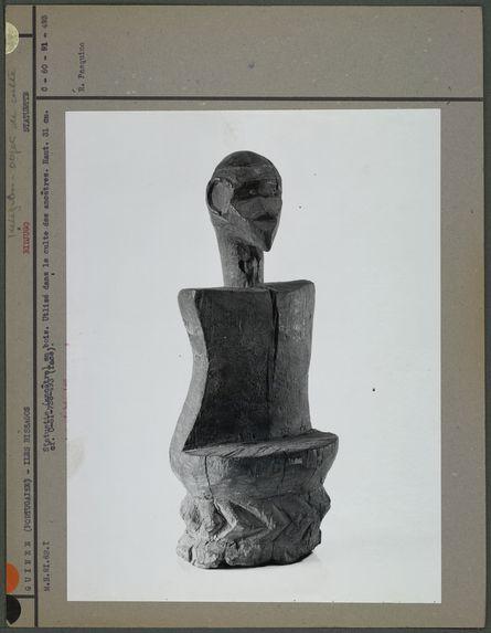 Statuette en bois bidjogo