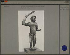 Statue en bois représentant Ghézo, roi du Dahomey