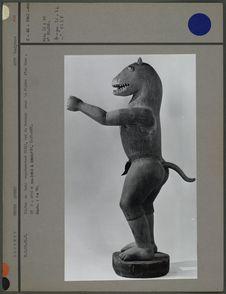 Statue : Gléglé sous la forme d'un lion