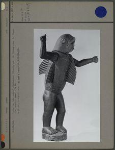 Statue : Béhanzin sous la forme d'un requin