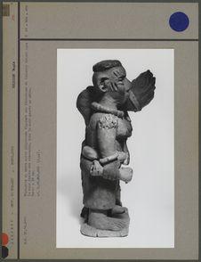 Statuette en terre cuite