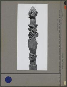 Piquet de bois contre les mauvais esprits (profil)