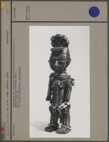 Statuette en bois déesse de la maternité