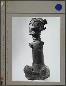 """Statue funéraire """"Ma"""" en terre cuite"""