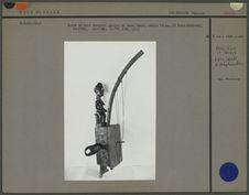 Harpe en bois sculpté