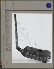 Harpe à cinq cordes