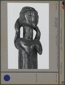 Trompe traversière en bois sculpté