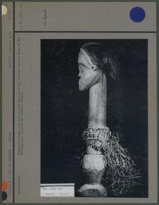 Statuette d'homme sans bras, en bois