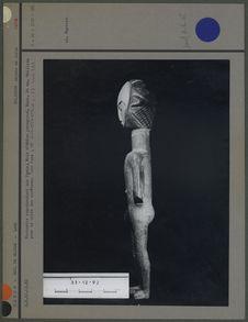 Statue représentant une femme