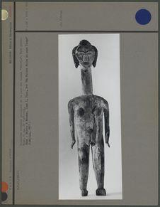 """Statuette rituelle provenant de la case des hommes """"ebandja&quot"""