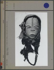 Masque provenant de la Maison des hommes