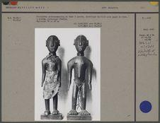 Statuettes anthropomorphes en bois