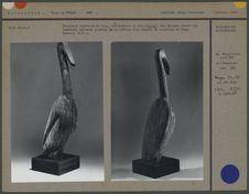 Sculpture funéraire en bois, représentant un ibis