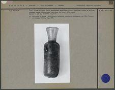 Flacon en verre provenant de sépultures