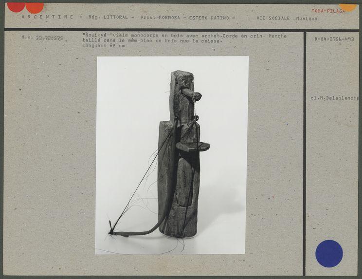 Vièle monocorde en bois avec son archet