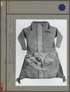 Vêtement de guerre en cuir de boeuf (vue de face)