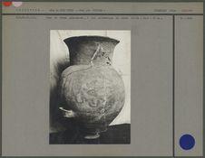 Urne globuleuse à col cylindrique