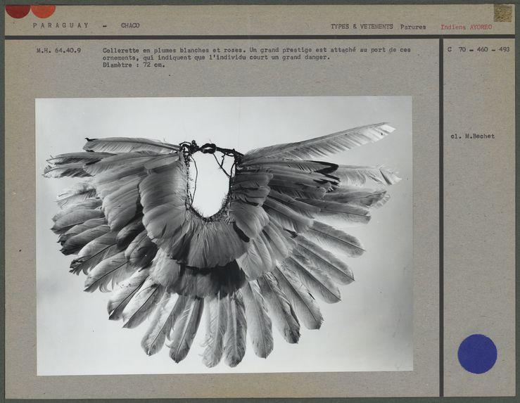 Collerette en plumes