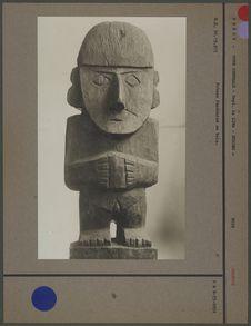 Statuette anthropomorphe bois