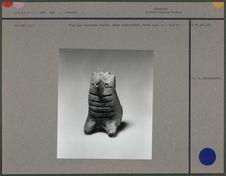 Figurine zoomorphe bipède