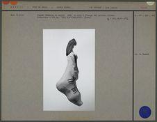 Poupée féminine en argile crue et cire (profil)