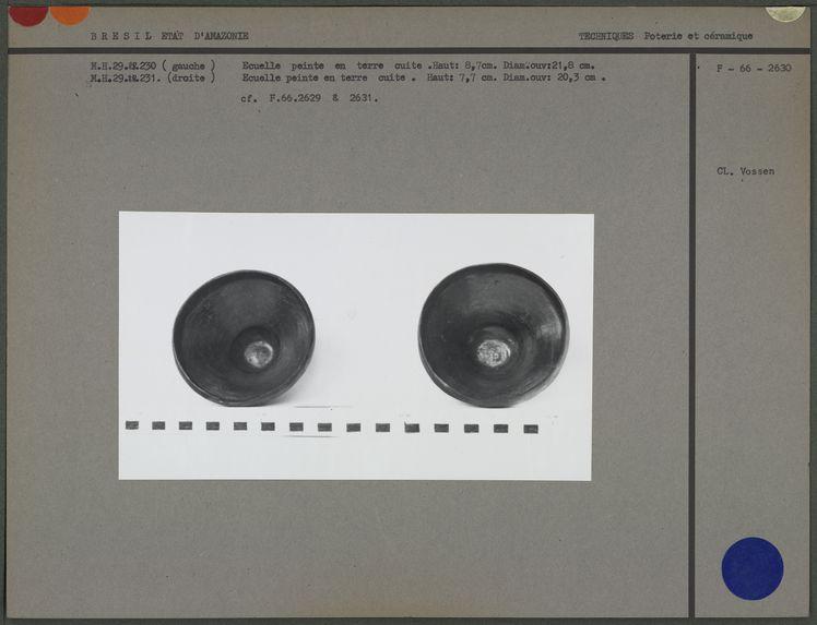 Ecuelles en terre cuite (face interne)