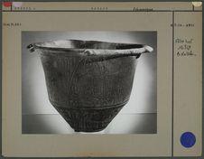 Vase en céramique à décor champlevé