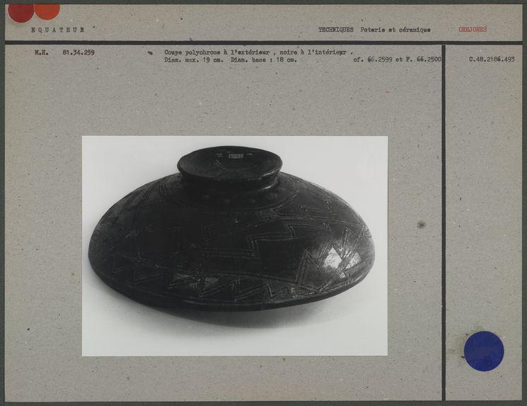Coupe en céramique des Orejones