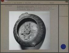 Bol zoomorphe en céramique, vue de l'intérieur