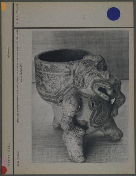 Poterie, grelot, représentation zoomorphe