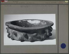 Ecuelle en céramique hérissée de pointes