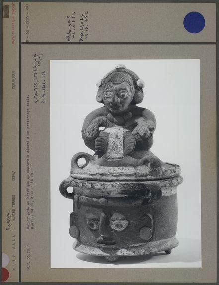 Bol tripode en céramique