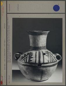Urne funéraire en céramique crème