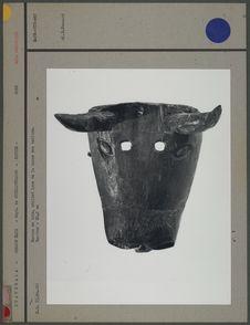 Masque en bois, utilisé lors de la danse des toritos