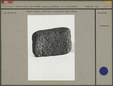 Battoir en pierre pour la fabrication du papier