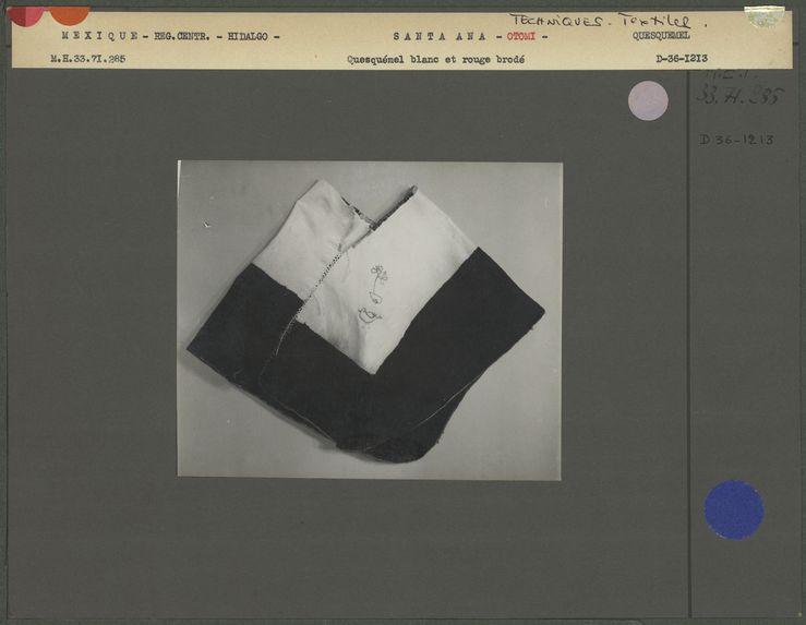 Vêtement de femme otomi