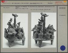 Maquette en céramique représentant un rituel