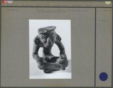 Statuette représentant un vieillard