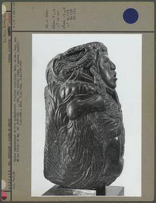 Pierre, statue représentant le dieu Quetzalcoatl, profil gauche