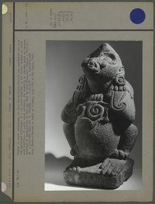 Quetzalcoatl-Ehecatl en roche volcanique