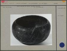 Petit mortier en pierre noirâtre marbrée