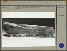 Os de baleine gravé de scènes de chasse et de pêche