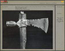 Pipe Tomawak (hache et pipe) en bois et fer