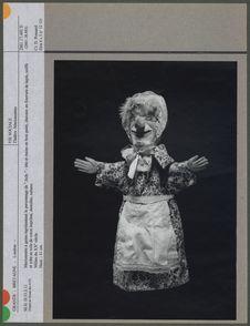 """Marionnette à gaine représentant le personnage de """"Judy&quot"""
